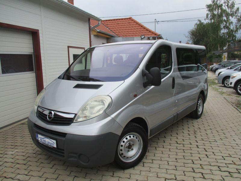 Opel Vivaro 2.0 CDTI 9szem Szervizk