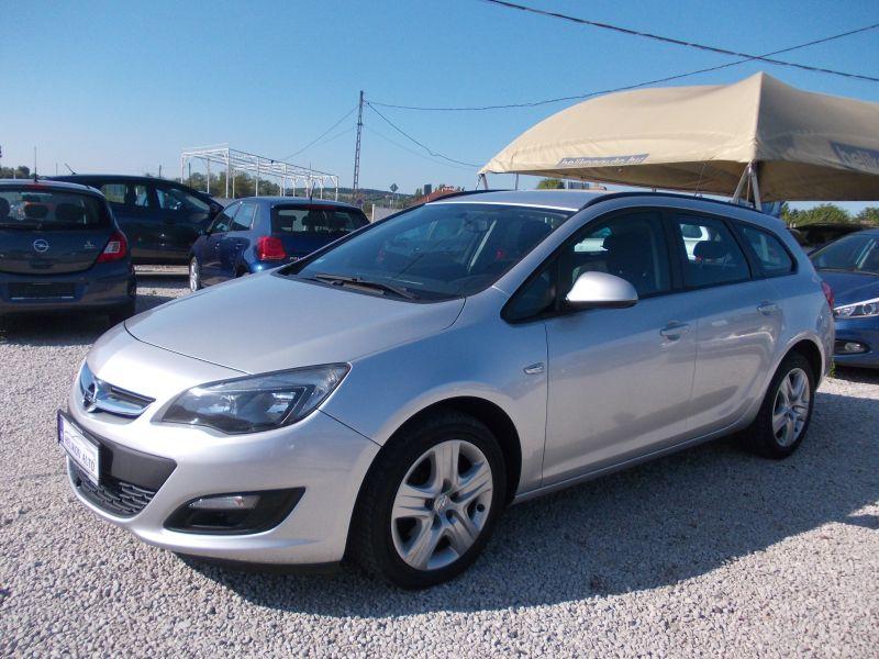 Opel ASTRA J Sports Tourer 1.7 CDTI