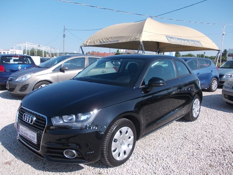 Audi A1 1.2 TFSI Attraction Tempoma