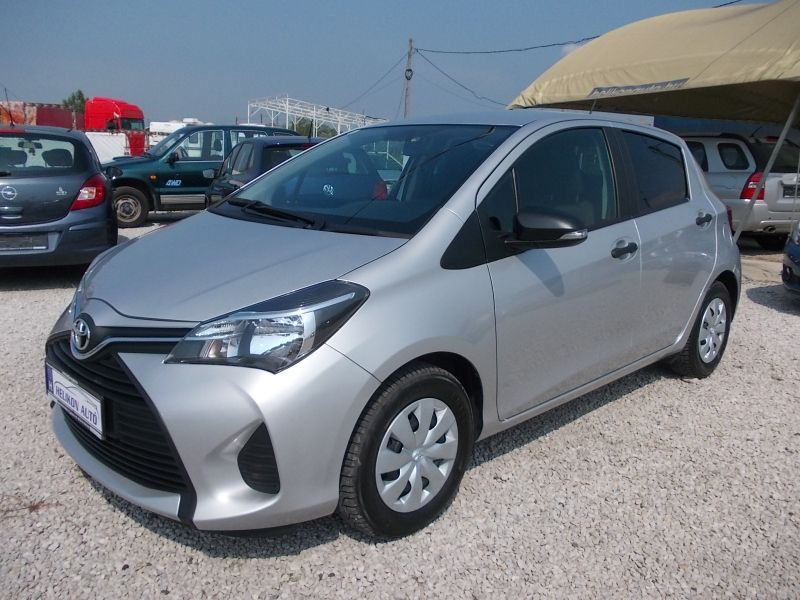Toyota Yaris X-design 1.0