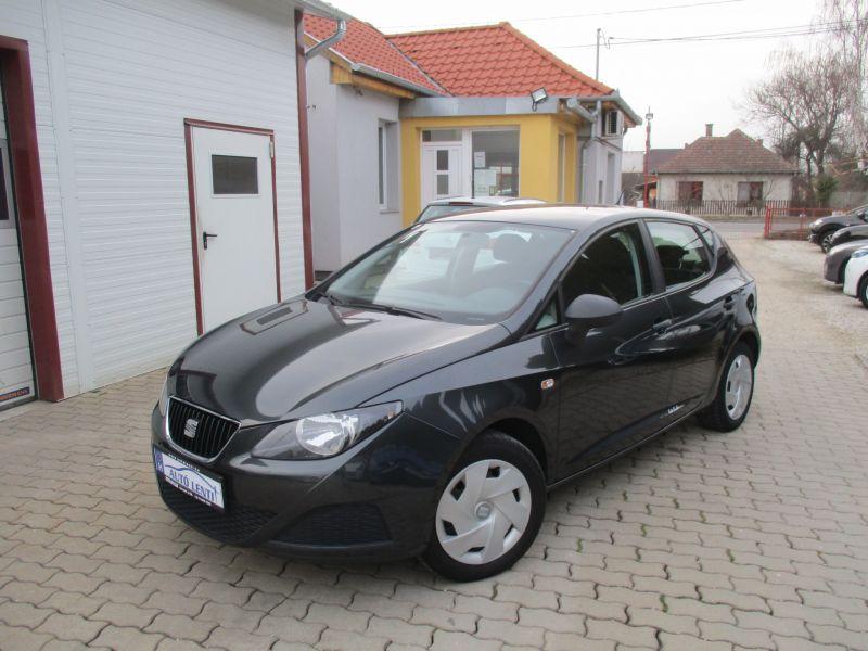 Seat Ibiza 1.2 Szervizkönyv 98e. km