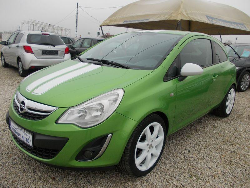 Opel CORSA D 1.4 Sport Klíma. ABS.