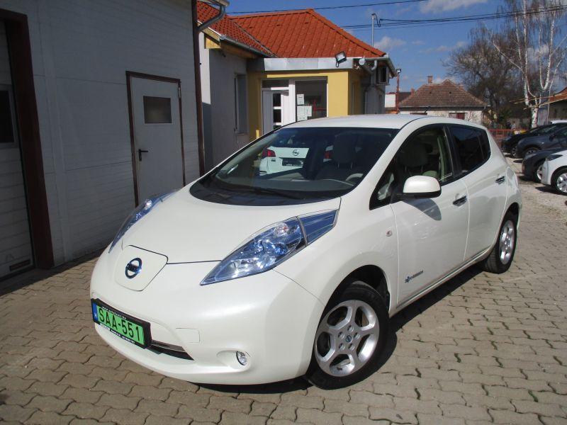 Nissan Leaf Elektromos, Szervizkönyv