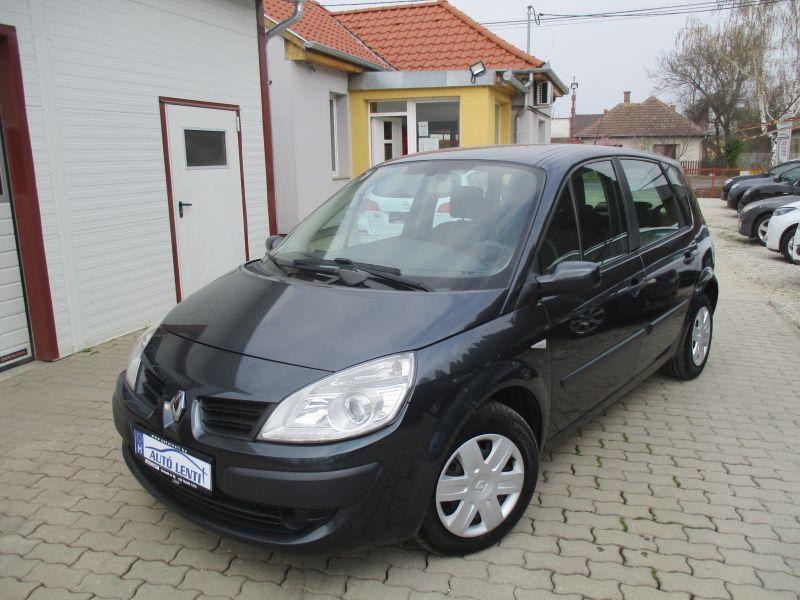 Renault Scenic 1.5 DCi 106 LE Navi