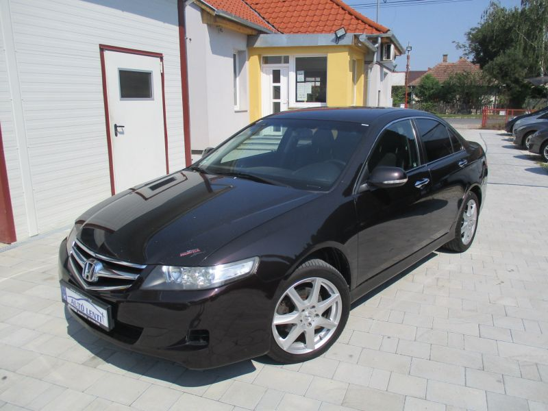 Honda Accord 2.2iCDTi Sedan Szervizk