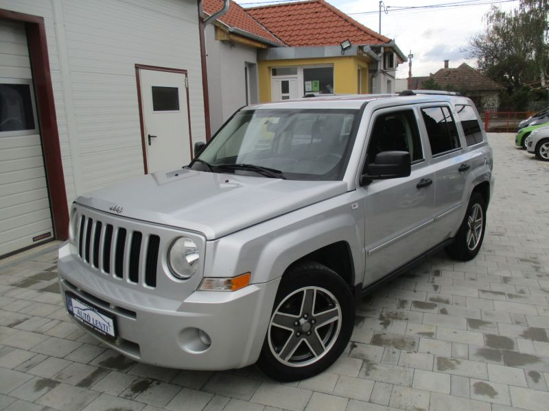 Jeep Patriot 2.0 CRD 4x4 Szervizkö